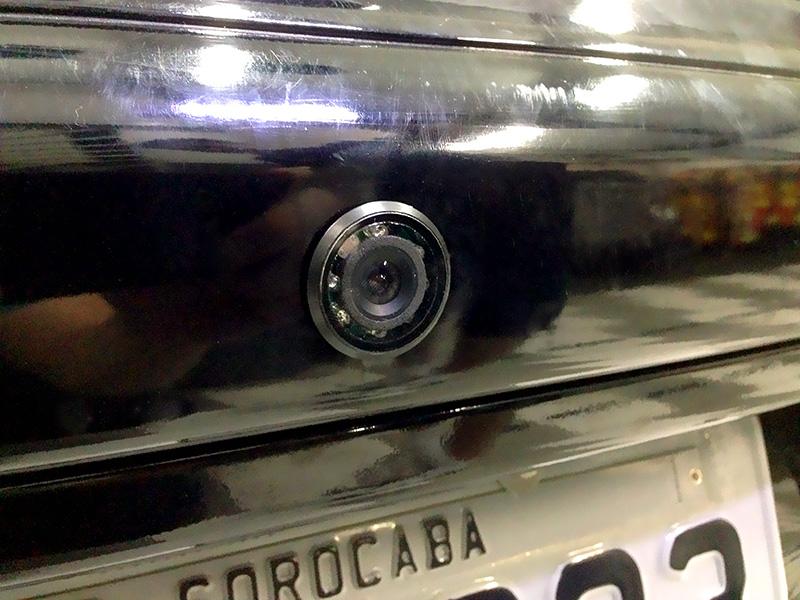 Câmera de ré com infra-vermelho